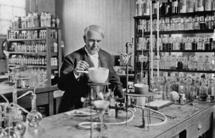 Thomas Edison: dalla lampadina al cinema, storia di un genio