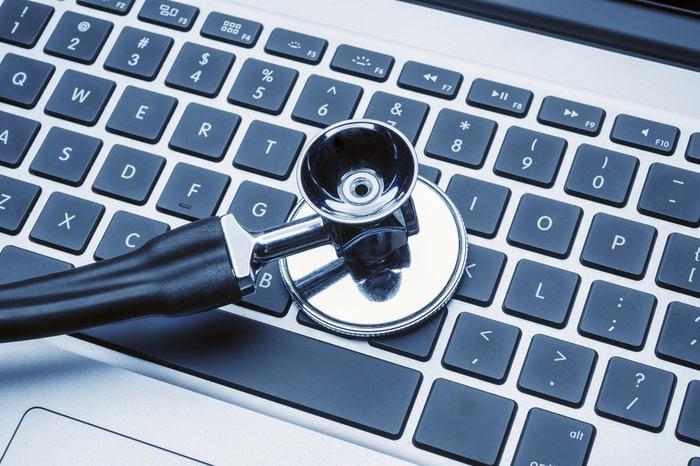 Virus e antivirus: chi sono i dottori del computer?