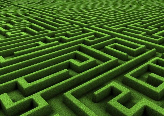 Esiste un metodo infallibile per uscire da un labirinto?