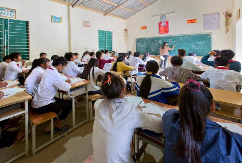 Junior reporter, una ragazza timida affronta coraggiosamente la scuola media