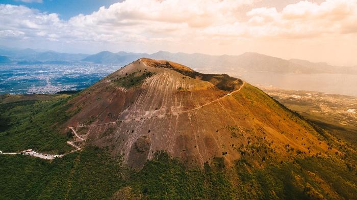 La sommità del Vesuvio