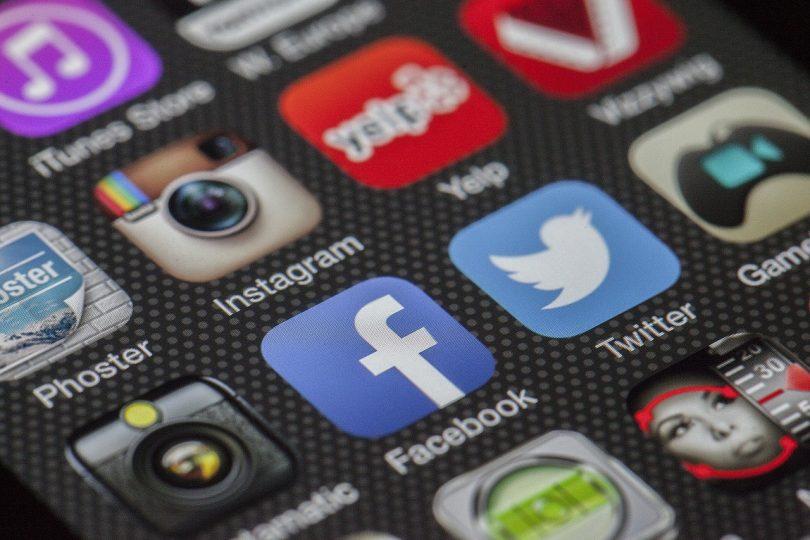 Cosa significano le parole inglesi che usiamo su Internet e sui Social Network?