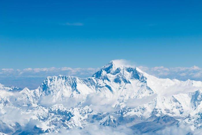 Junior reporter, una leggenda fantastica per raccontare la nascita della montagna più alta del mondo