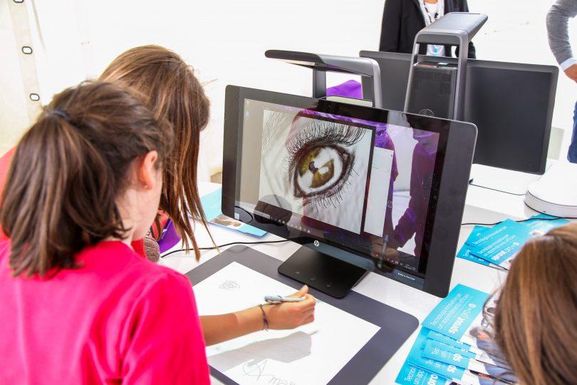 La scuola del futuro: sarà digitale grazie ad alunni e insegnanti insieme