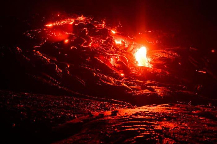 Hawaii, erutta il vulcano Kilauea: case distrutte e migliaia di persone evacuate