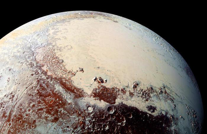 Plutone potrebbe essere un ammasso di vecchie comete!