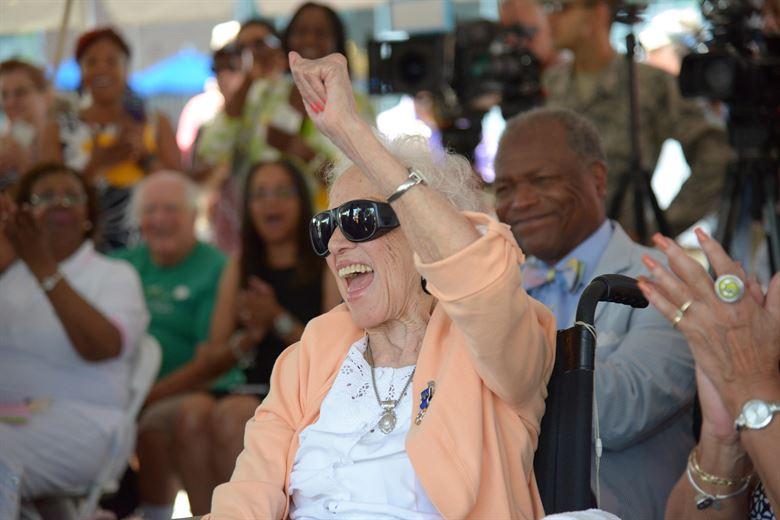 Buon compleanno a Katherine Johnson: la scienziata della Nasa compie 100 anni
