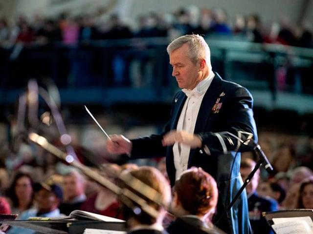 A che cosa serve la bacchetta del direttore d'orchestra?
