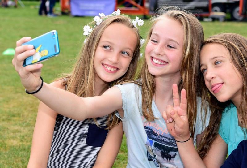 La regola del selfie: divertimento senza rischi