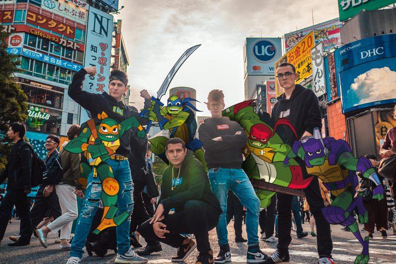 Divertimento 4×4: I Mates sono i testimonial della nuova serie delle Tartarughe Ninja!