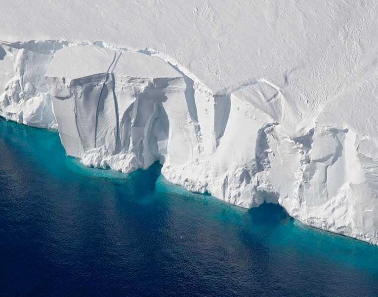 Iceberg: il viaggio dei colossi