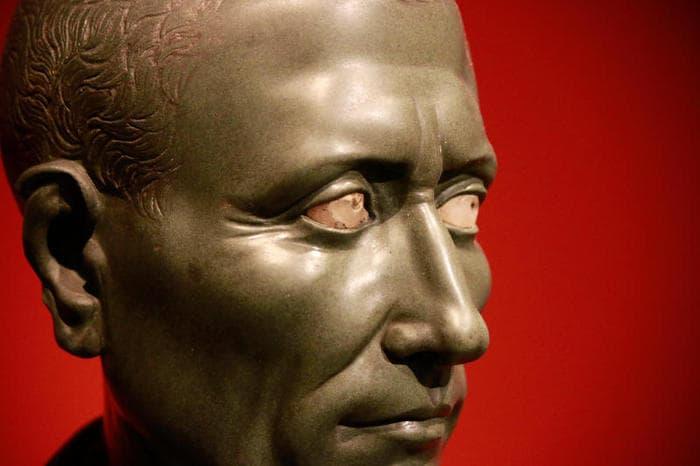 Busto di Caio Giulio Cesare