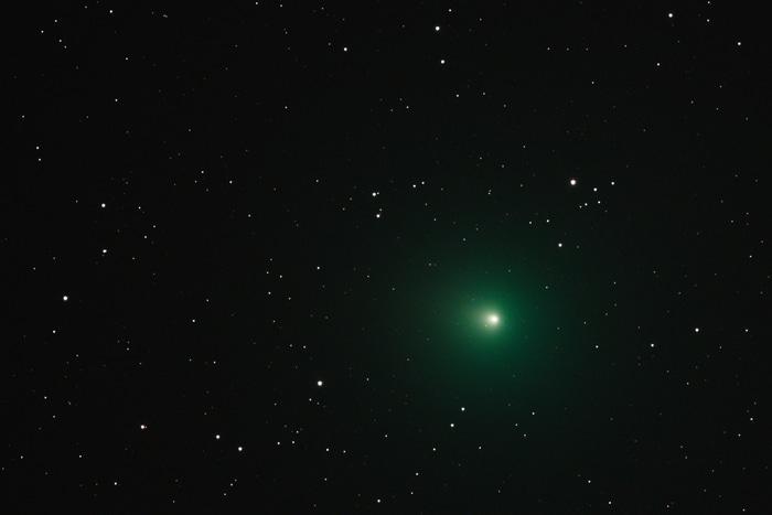 Stasera la cometa di Natale passerà vicinissimo alla Terra!