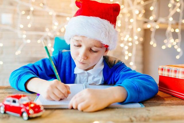 A Natale meno compiti e più tempo in famiglia: a dirlo è il ministro dell'Istruzione