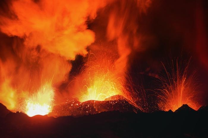 Due algoritmi prevederanno le eruzioni vulcaniche?