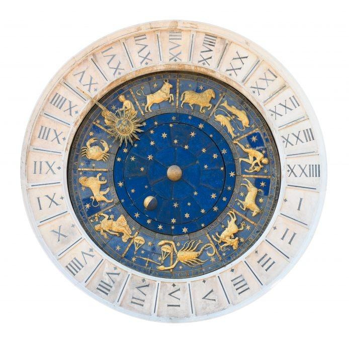 junior reporter, il racconto fantastico di Elisa immagina l'origine dei segni zodiacali