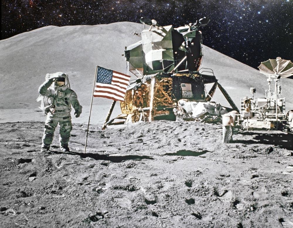 10 + 6 cose che non sapevi sulla Luna (e sulle missioni lunari)