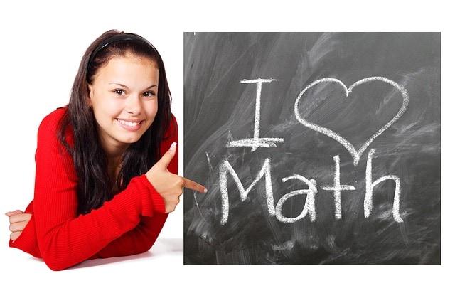 La musica  aiuta a capire la matematica e la geometria