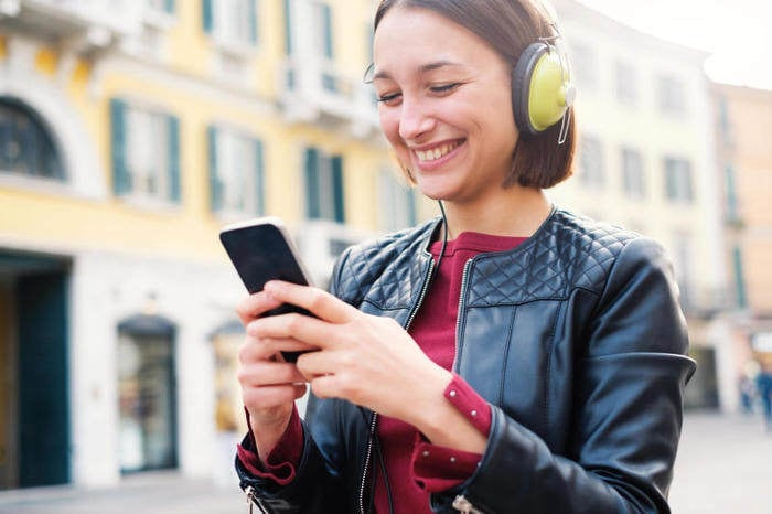 Musica: la Treccani spiega i testi delle canzoni Pop