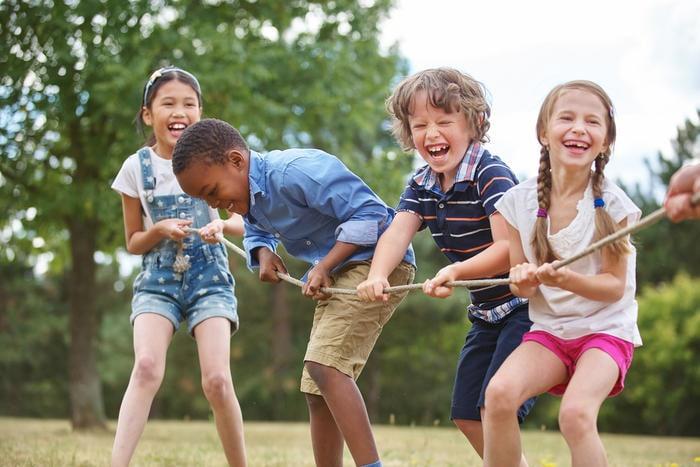Educazione motoria: al parco a inventar giochi