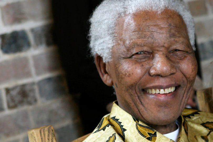 Nelson Mandela: tutti siamo nati per essere fratelli