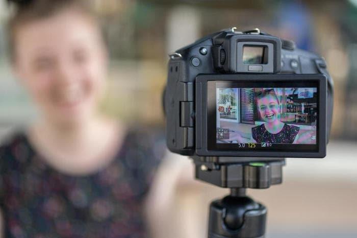 Come diventare YouTuber: come usare la telecamera