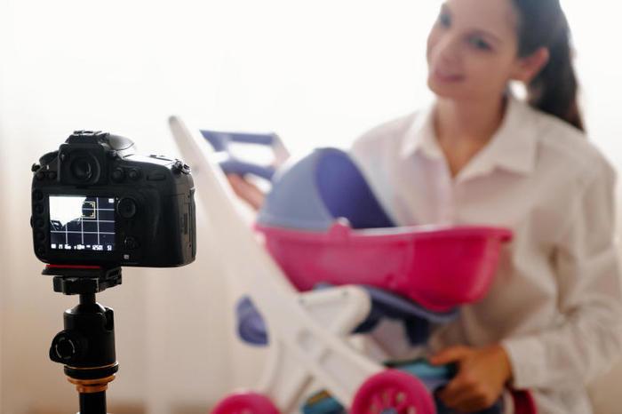 Come diventare YouTuber: dove mettere e come muovere la telecamera