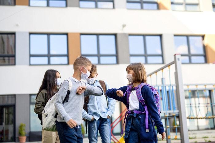 Il primo giorno di scuola in una nuova classe: consigli per affrontarlo