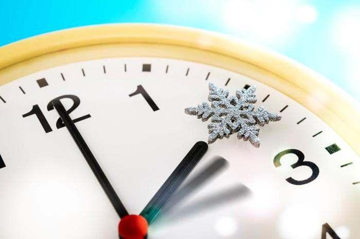 Indietro gli orologi: torna l'ora solare, ma forse sarà l'ultima volta