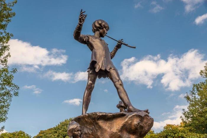 Peter Pan: la vera storia del bambino che non voleva crescere