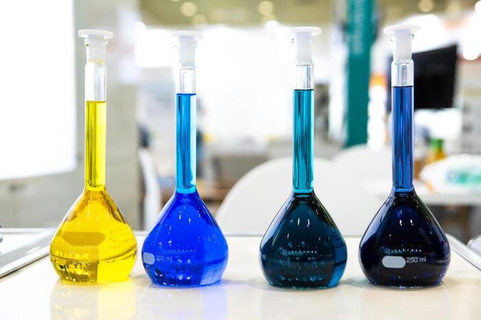 Acidi e basi: che cosa sono, dove li trovi e come si misurano