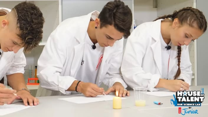 "House of Talent – Our Science Lab: ""l'Inchiostro invisibile"" (VIDEO)"