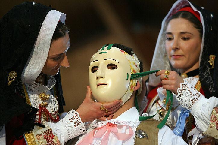 Carnevale in Italia: come si festeggia (di solito)?