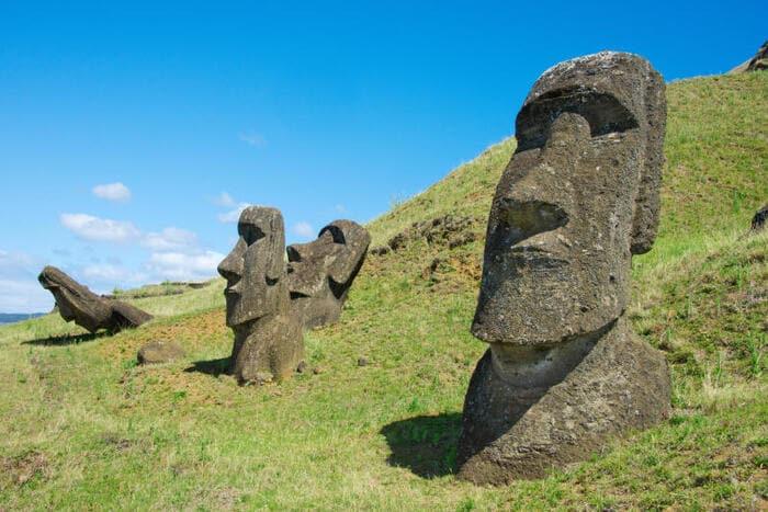 Perché ci sono delle teste sull'Isola Pasqua?