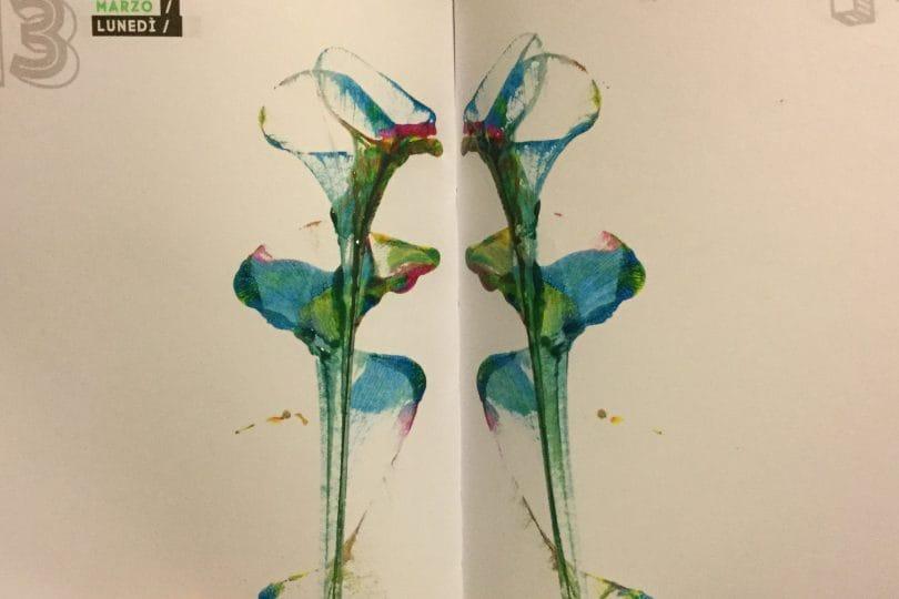 Come dipingere fiori con un filo di cotone
