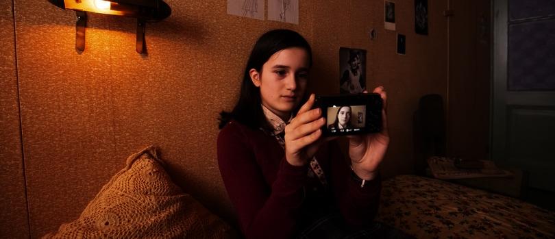 Anne Frank: un esperimento la trasforma in influencer per riflettere sulla nostra attualità