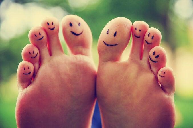 10 cose che (forse) non sai sui piedi