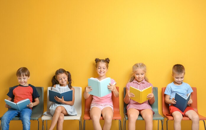 Lettura e crescita: i libri assolutamente da leggere prima dei 16 anni