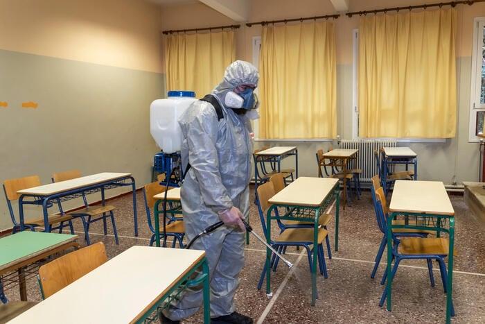 Scuola e coronavirus: le regole per il ritorno a settembre sono davvero fattibili?