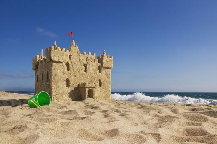 """La scienza della spiaggia: tutte le curiosità sul mondo """"vacanziero"""""""