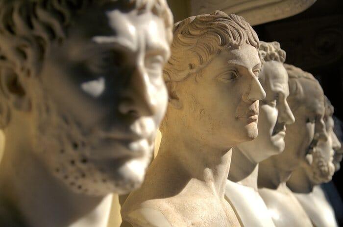 Un artista VR ha riportato in vita i volti degli imperatori romani