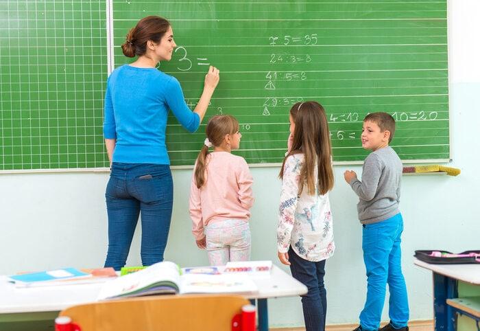 La lingua della matematica: partiamo dalle parole per capire i concetti