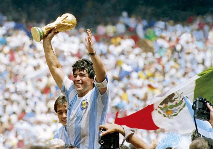 Diego Armando Maradona: il mito del Pibe de Oro