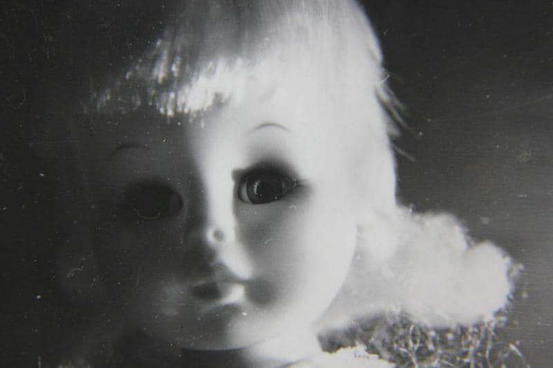 junior reporter, la bambola nello specchio