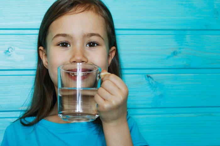 Perché l'acqua è trasparente?