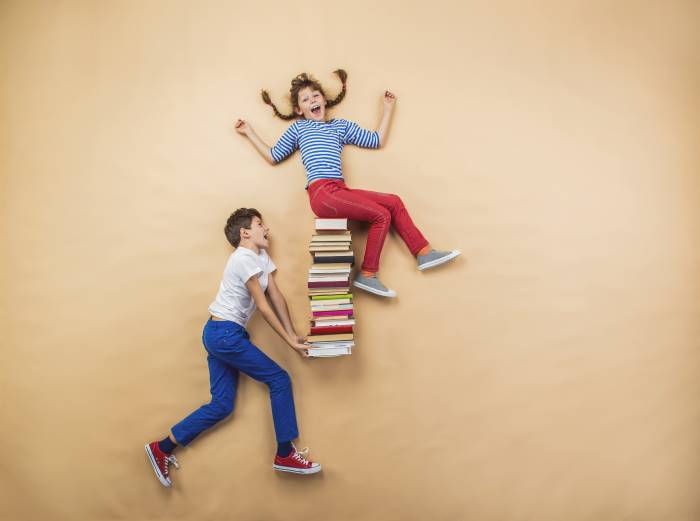Estate 2021: libri da leggere per prepararsi alle medie