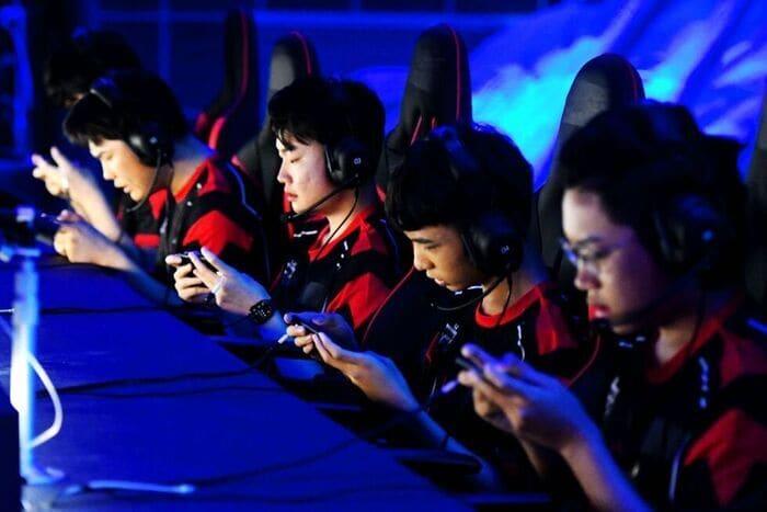 Videogiochi: in Cina non si gioca più di tre ore a settimana