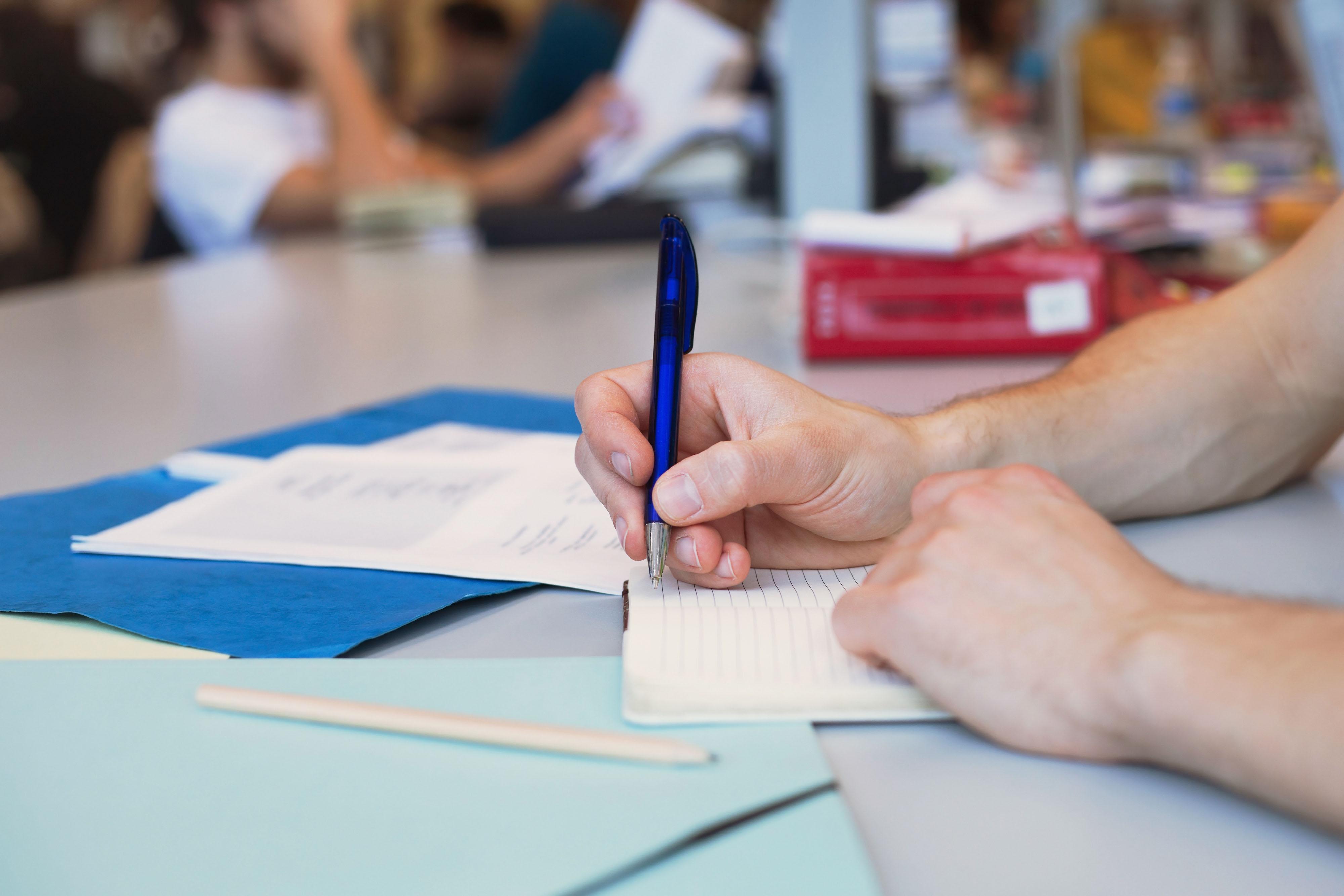 Grammatica | Apostrofo + H, le regole da non dimenticare