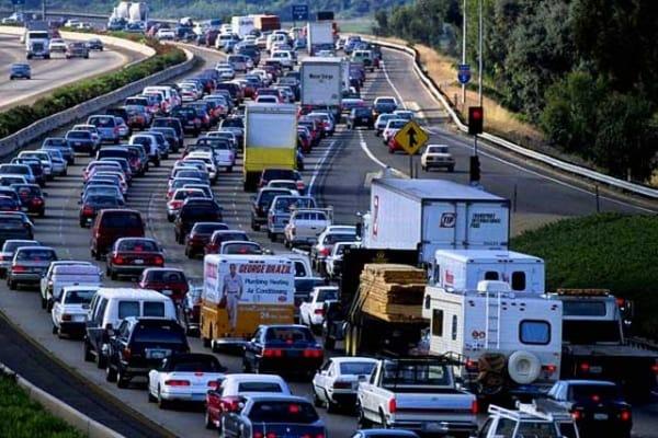 """Perché quando c'è traffico si va """"a singhiozzo""""?"""