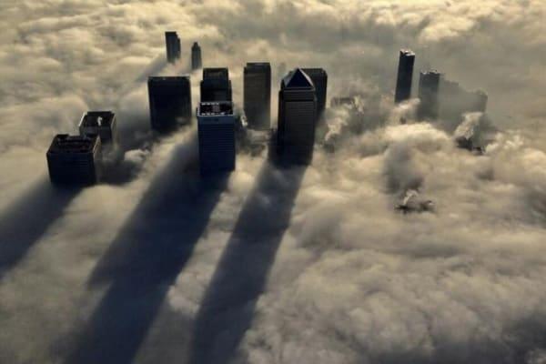 Le straordinarie foto di Londra immersa nella nebbia